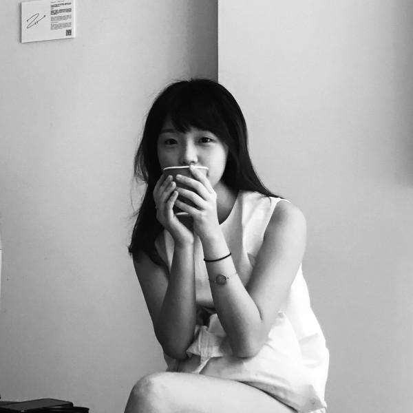 Aimee Lee